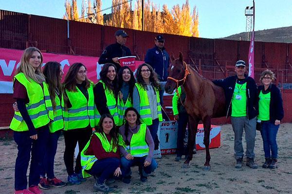 veterinarios de la ceuuch protagonista del raid internacional del rincon de ademuz