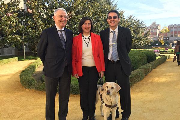 leti dona vacunas contra la leishmaniosis para la atencion preventiva de los perros guia de la once