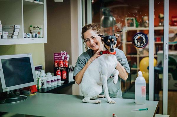 la mejor manera de fidelizar al cliente es la honestidad y el deseo profundo de ayudar a sus mascotas