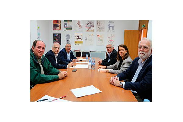el consejo andaluz y la facultad de veterinaria de crdoba se coordinan para impulsar la profesin
