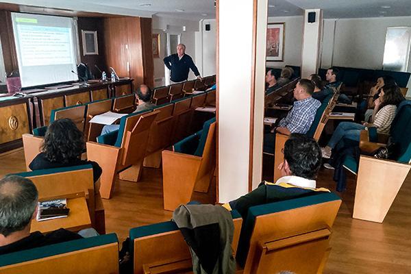 el colegio de burgos acoge un workshop sobre antimicrobianos de uso animal