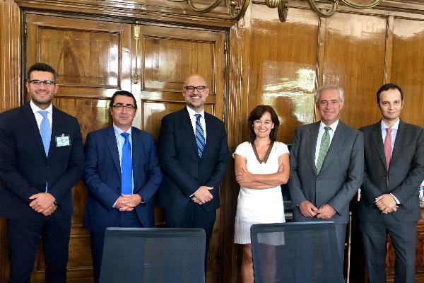veterindustria se reune con  la nueva directora ejecutiva de aecosan