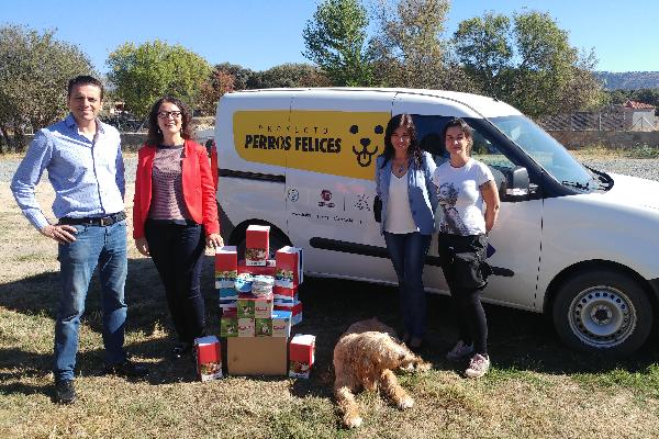 bayer colabora con el proyecto solidario perros felices