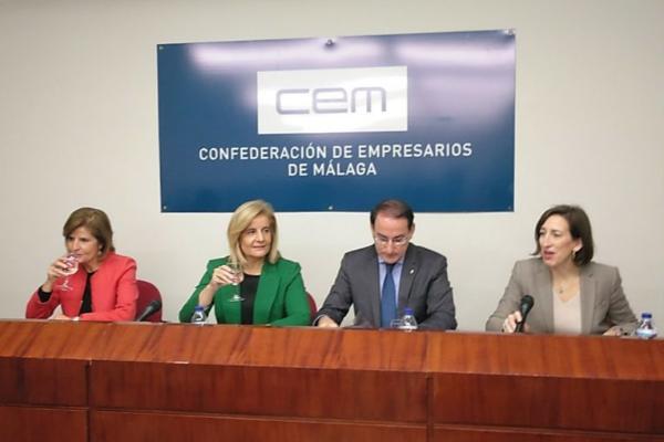 ceve andalucia pide fomentar la libre competencia en los centros sanitarios veterinarios