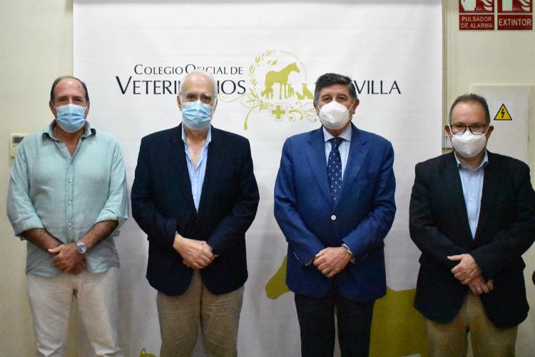 veterinarios-y-farmaceuticos-de-sevilla-abordan-varias-tematicas-de
