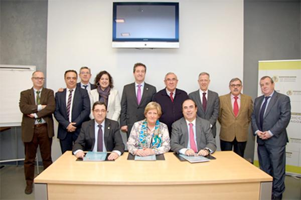 el cov de aragoacuten expone sus objetivos al gobierno regional junto al resto de colegios sanitarios