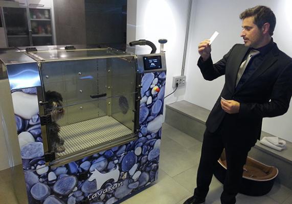 barcelona acoge la presentacioacuten denbspla nueva cabina lavakan io