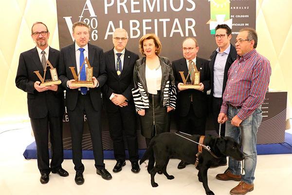 el cacov entrega los premios albeacuteitar 2016