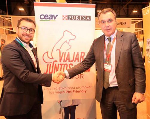 ceav y purina presentan el primer sello turiacutestico de agencias de viajes y empresas pet friendly