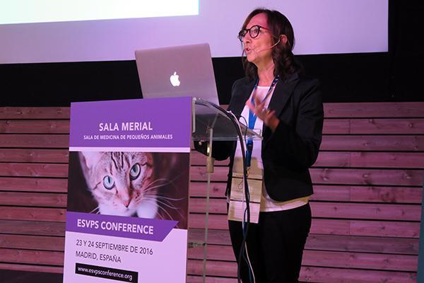 cerca de 300 veterinarios actualizan conocimientos en la esvps conference espantildea 2016
