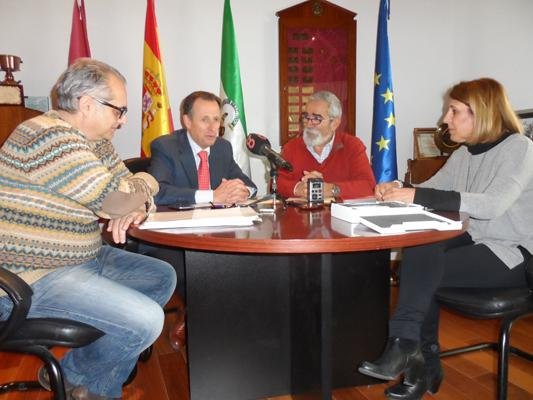 chiclana renueva con el cov de caacutediz el convenio de gestioacuten del registro municipal de animales de compantildeiacutea