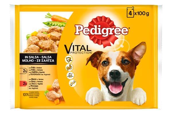 pedigree lanza comida huacutemeda para perros en formato bolsitas